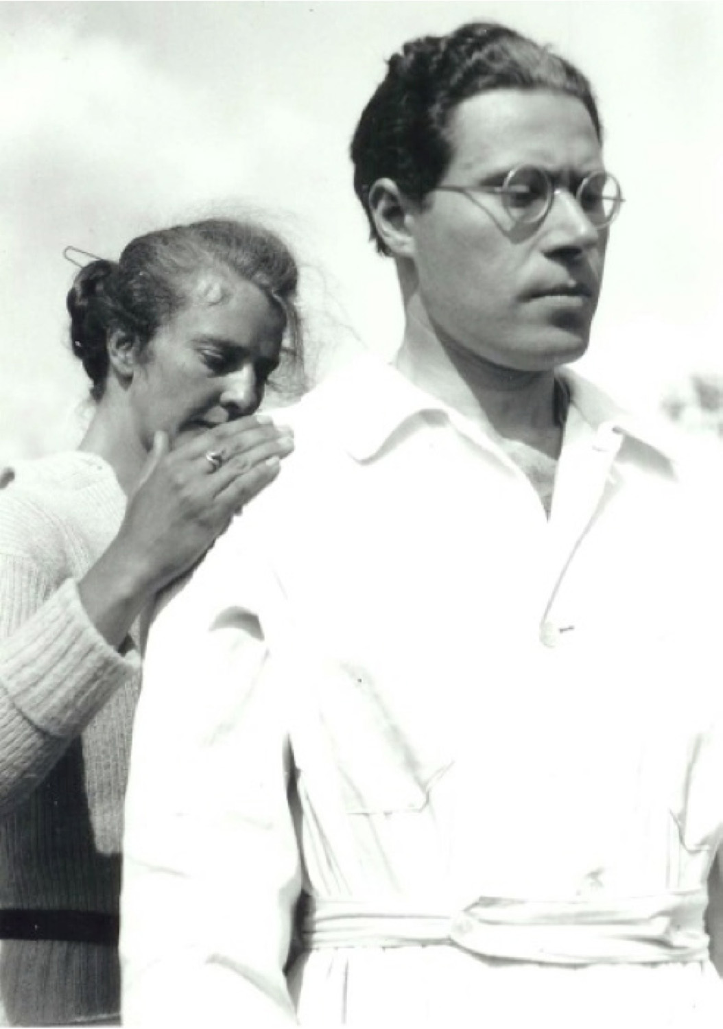 Photographer unknown, Moholy-Nagy and an unidentified woman, n.d. (ca. late 1920s), Bauhaus-Archiv, Museum fur Gestaltung, Berlin