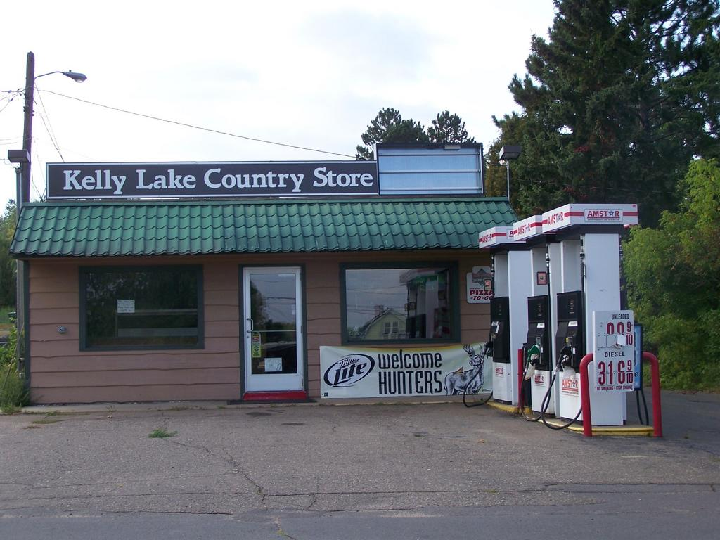 Kelly Lake Store, Kelly Lake, Minnesota, 2011. Courtesy of Chris Kraus.
